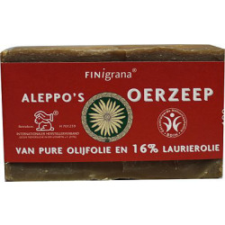Aleppo Zeep Olijf and 16 Laurier